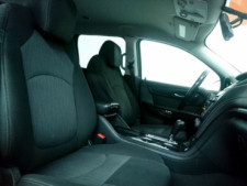 2016 Chevrolet Traverse LT w/1LT SUV - 166240D - Thumbnail 14