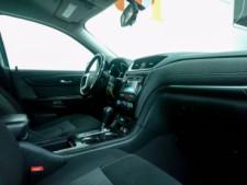 2016 Chevrolet Traverse LT w/1LT SUV - 166240D - Thumbnail 16