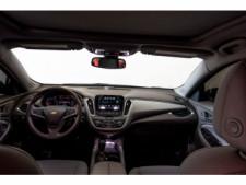 2018 Chevrolet Malibu LT Sedan - 148557D - Thumbnail 16