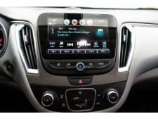 2018 Chevrolet Malibu LT Sedan - 148557D - Thumbnail 24