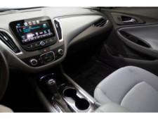 2018 Chevrolet Malibu LT Sedan - 148557D - Thumbnail 26
