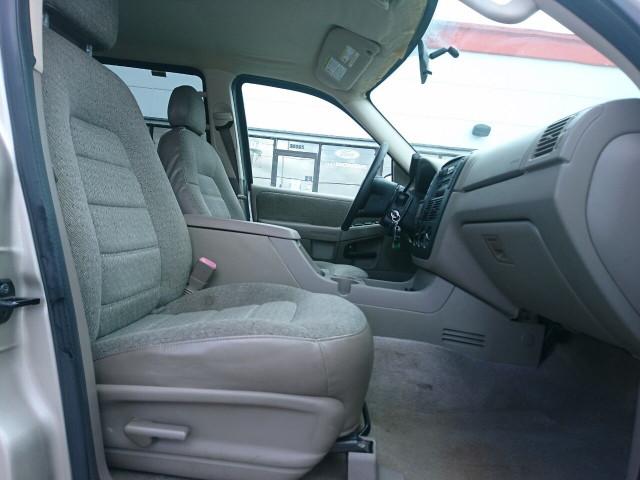 2005 Ford Explorer XLS SUV - 504688A - Image 4