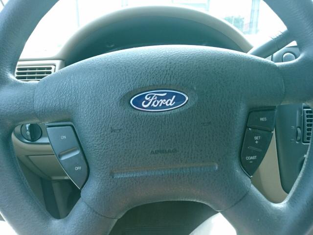 2005 Ford Explorer XLS SUV - 504688A - Image 17