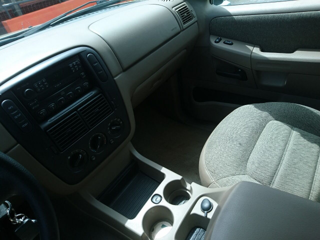 2005 Ford Explorer XLS SUV - 504688A - Image 19