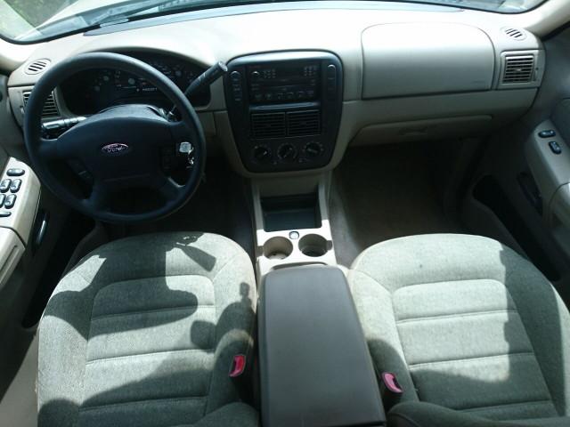 2005 Ford Explorer XLS SUV - 504688A - Image 23