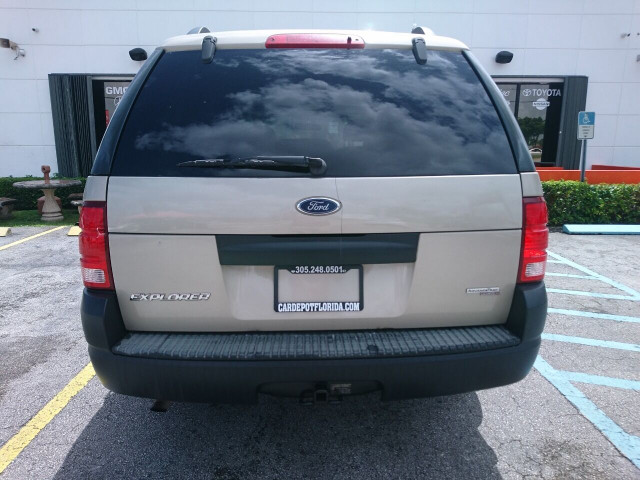 2005 Ford Explorer XLS SUV - 504688A - Image 28