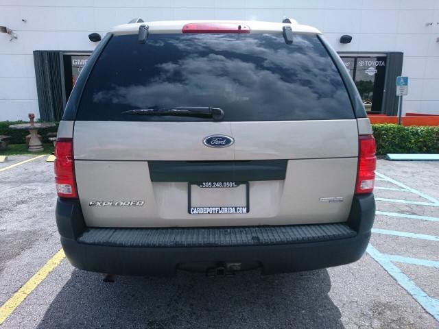 2005 Ford Explorer XLS SUV - 504688A - Image 28