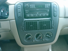 2005 Ford Explorer XLS SUV - 504688A - Thumbnail 18