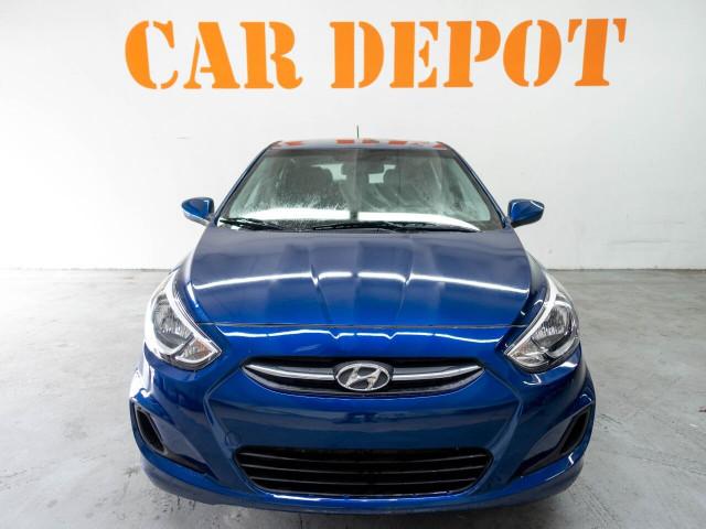 2017 Hyundai Accent SE 6A Hatchback - 504955W - Image 4