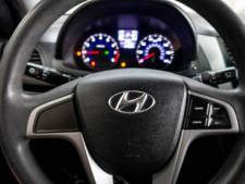 2017 Hyundai Accent SE 6A Hatchback - 504955W - Thumbnail 16