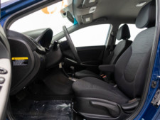 2017 Hyundai Accent SE 6A Hatchback - 504955W - Thumbnail 25