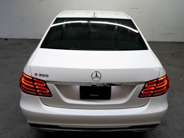 2016 Mercedes-Benz E-Class E 350 Sedan - 504966W - Image 18