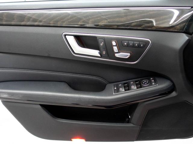 2016 Mercedes-Benz E-Class E 350 Sedan - 504966W - Image 35