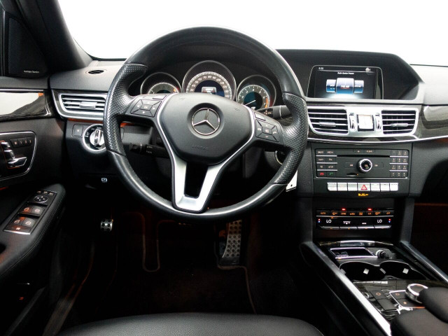 2016 Mercedes-Benz E-Class E 350 Sedan - 504966W - Image 37