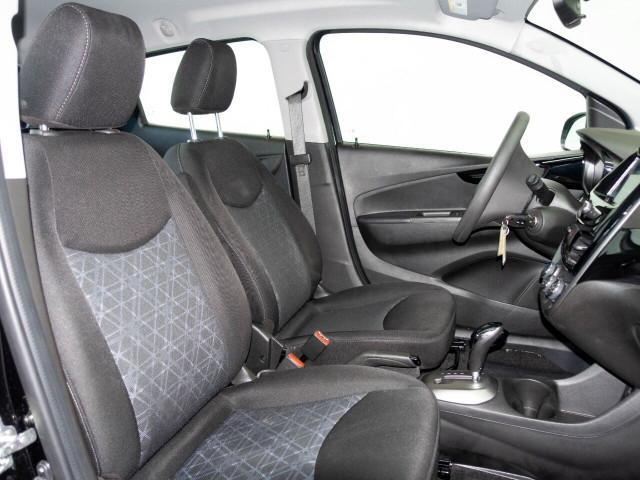 2020 Chevrolet Spark 1LT Hatchback - 415598W - Image 18
