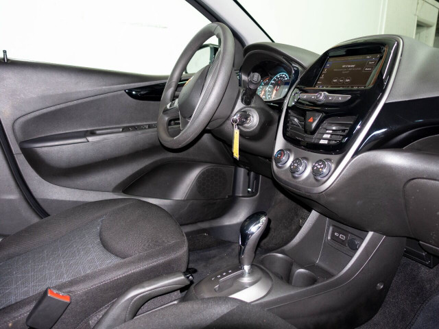 2020 Chevrolet Spark 1LT Hatchback - 415598W - Image 19