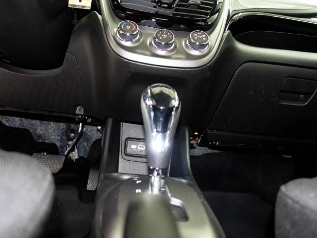 2020 Chevrolet Spark 1LT Hatchback - 415598W - Image 26