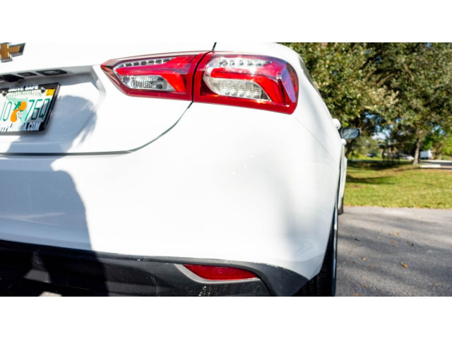 2020 Chevrolet Malibu LT Sedan - 504964W - Image 15