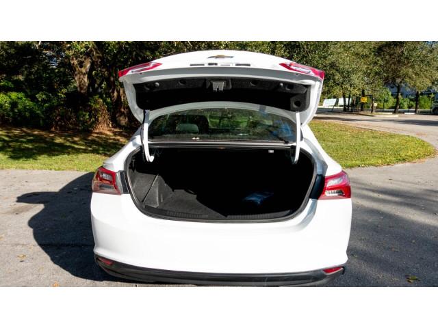 2020 Chevrolet Malibu LT Sedan - 504964W - Image 18