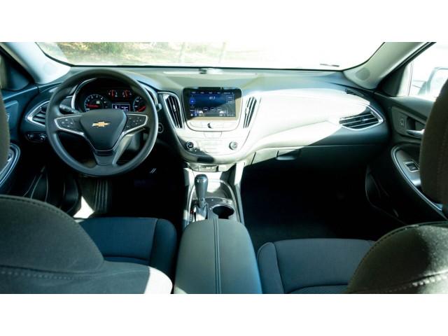 2020 Chevrolet Malibu LT Sedan - 504964W - Image 19