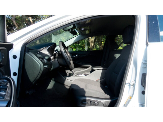 2020 Chevrolet Malibu LT Sedan - 504964W - Image 22