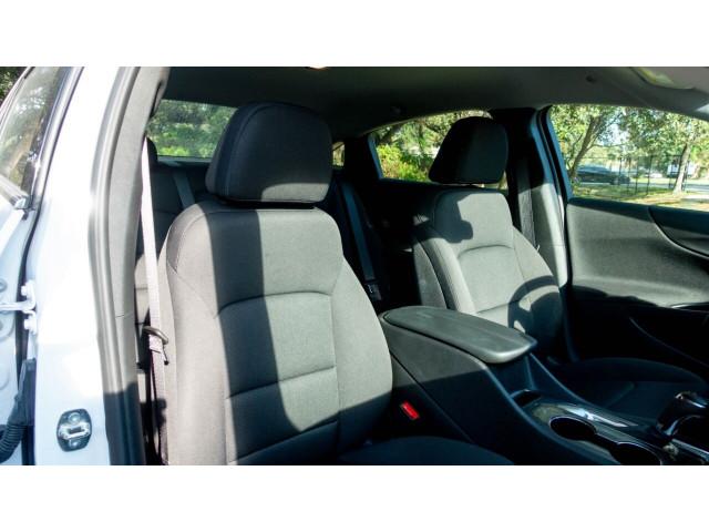 2020 Chevrolet Malibu LT Sedan - 504964W - Image 31