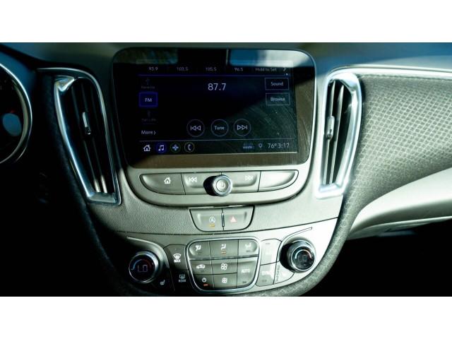 2020 Chevrolet Malibu LT Sedan - 504964W - Image 33
