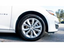 2020 Chevrolet Malibu LT Sedan - 504964W - Thumbnail 12