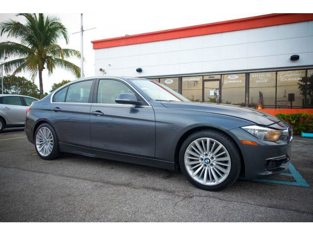 2014 BMW 3 Series 328i SULEV Sedan - 106497j - Image 2