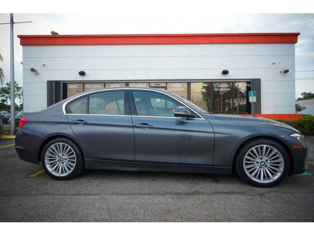 2014 BMW 3 Series 328i SULEV Sedan - 106497j - Image 3