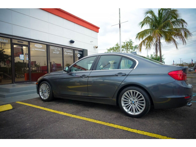 2014 BMW 3 Series 328i SULEV Sedan - 106497j - Image 10