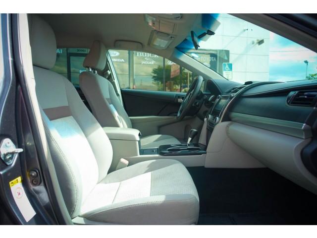 2013 Toyota Camry LE Sedan - 245107 - Image 28