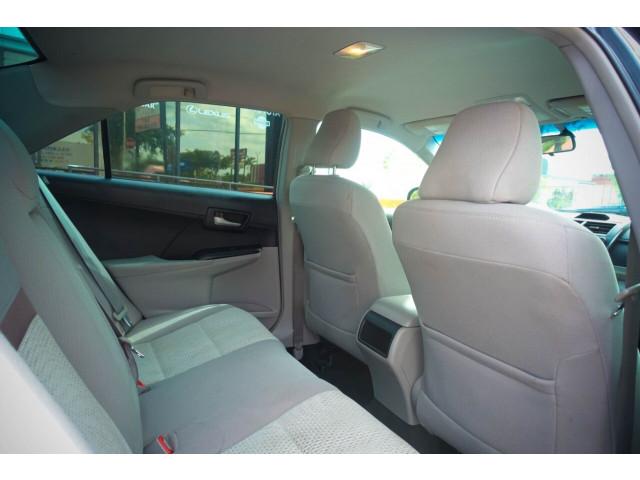 2013 Toyota Camry LE Sedan - 245107 - Image 32