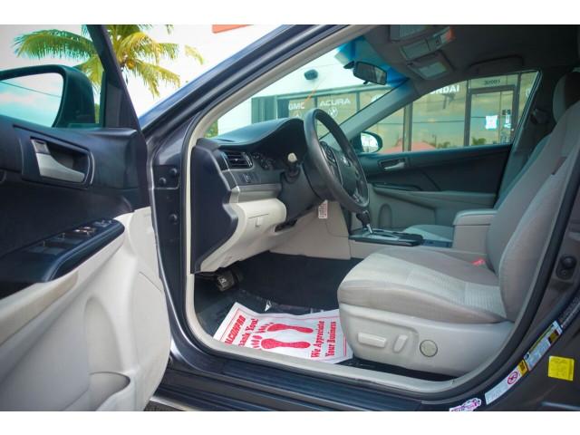 2013 Toyota Camry LE Sedan - 245107 - Image 33