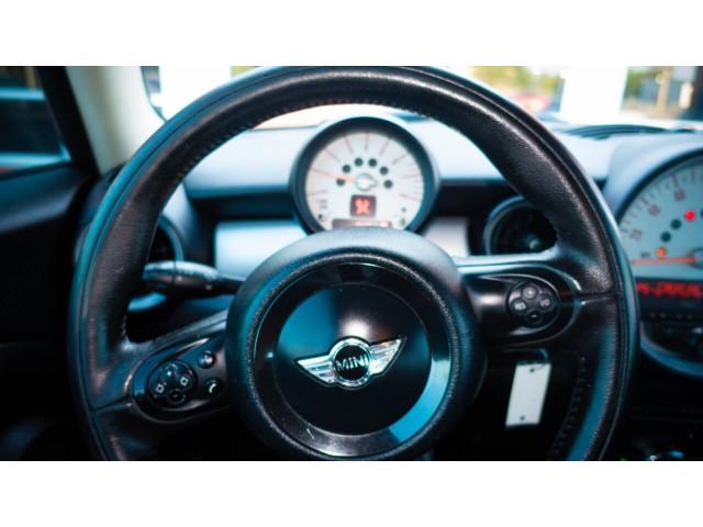 2011 MINI Cooper Base Hatchback -  - Image 18
