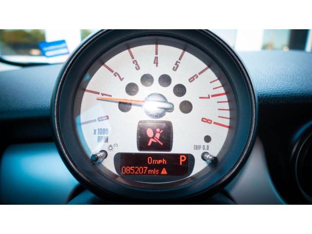 2011 MINI Cooper Base Hatchback -  - Image 19