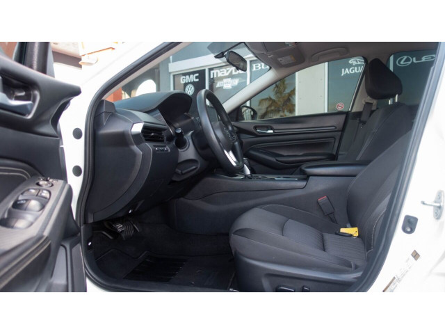 2020 Nissan Altima 2.5 S Sedan - 120435N - Image 24