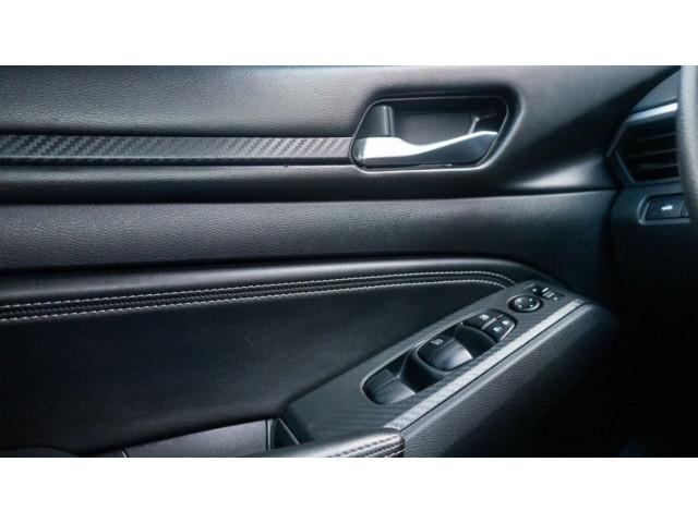 2020 Nissan Altima 2.5 S Sedan - 120435N - Image 28