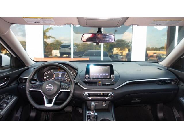 2020 Nissan Altima 2.5 S Sedan - 120435N - Image 30