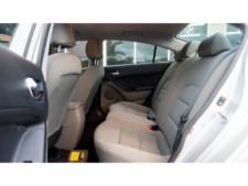 2016 Kia Forte LX 6A Sedan - 542868N - Thumbnail 27