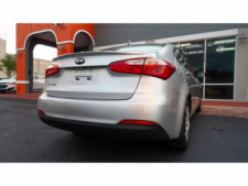 2016 Kia Forte LX 6M Sedan - 542868N - Thumbnail 15