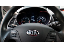 2016 Kia Forte LX 6M Sedan - 542868N - Thumbnail 17
