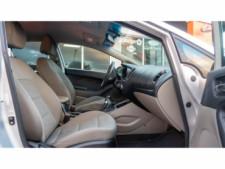 2016 Kia Forte LX 6M Sedan - 542868N - Thumbnail 23