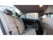 2016 Kia Forte LX 6M Sedan - 542868N - Thumbnail 25