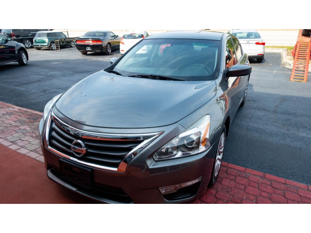 2015 Nissan Altima 2.5 S Sedan - 271602A - Image 20