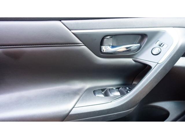 2015 Nissan Altima 2.5 S Sedan - 271602A - Image 32