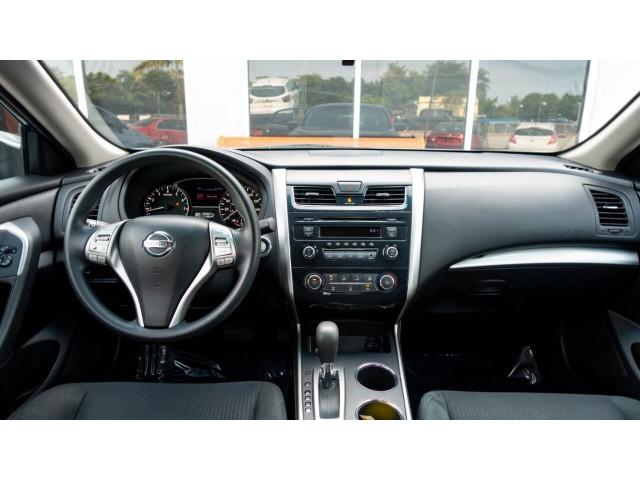 2015 Nissan Altima 2.5 S Sedan - 271602A - Image 34