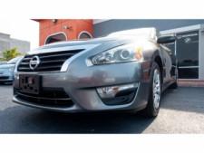 2015 Nissan Altima 2.5 S Sedan - 271602A - Thumbnail 5