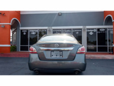2015 Nissan Altima 2.5 S Sedan - 271602A - Thumbnail 15
