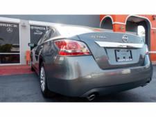 2015 Nissan Altima 2.5 S Sedan - 271602A - Thumbnail 17